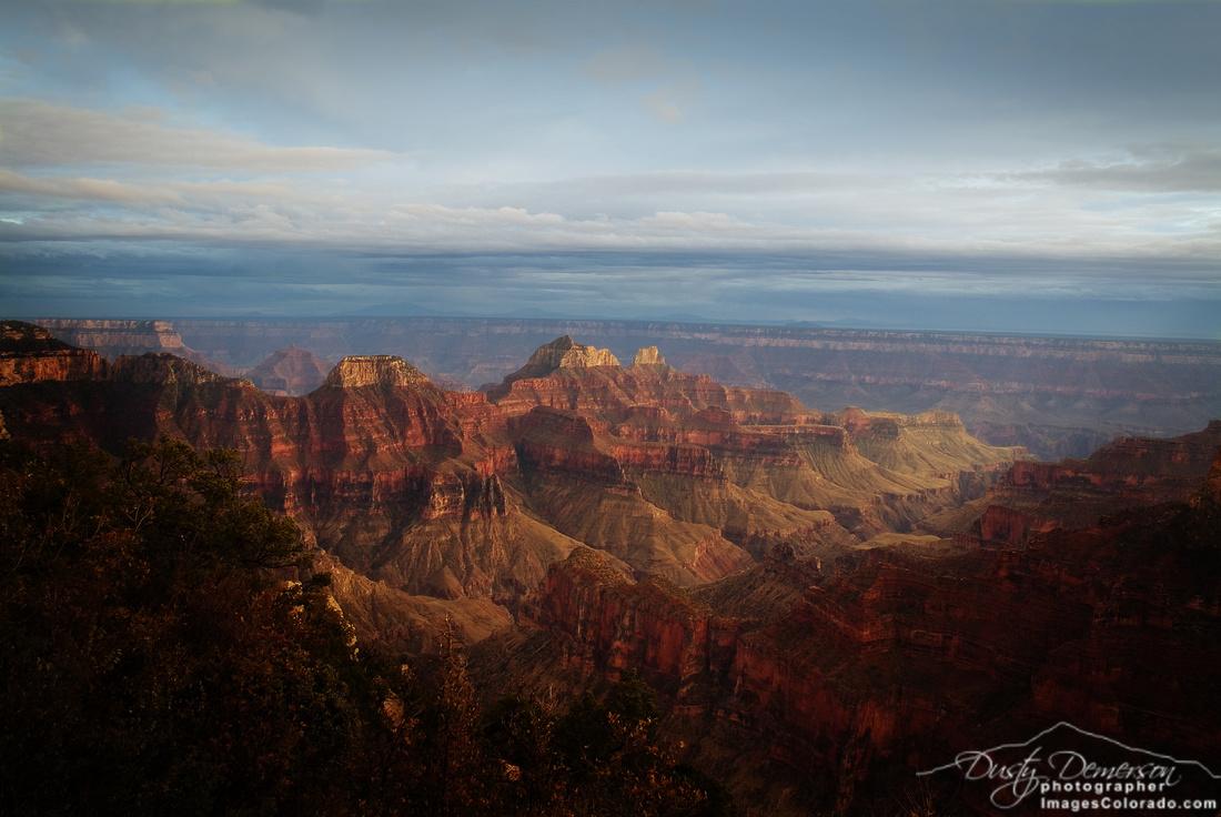 Mystical Canyon Light
