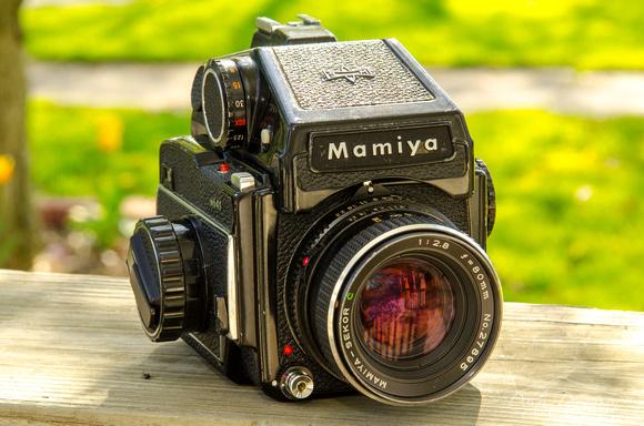Mamiya M645